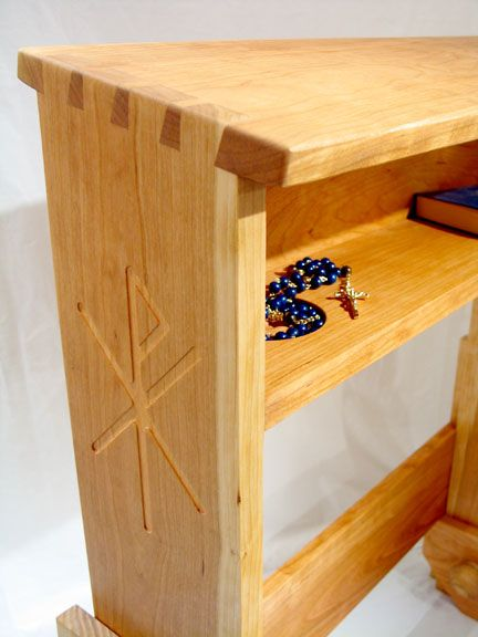 I Like The Engraving And The Interlocking Wood Prayer Kneeler Ideas Woodworking