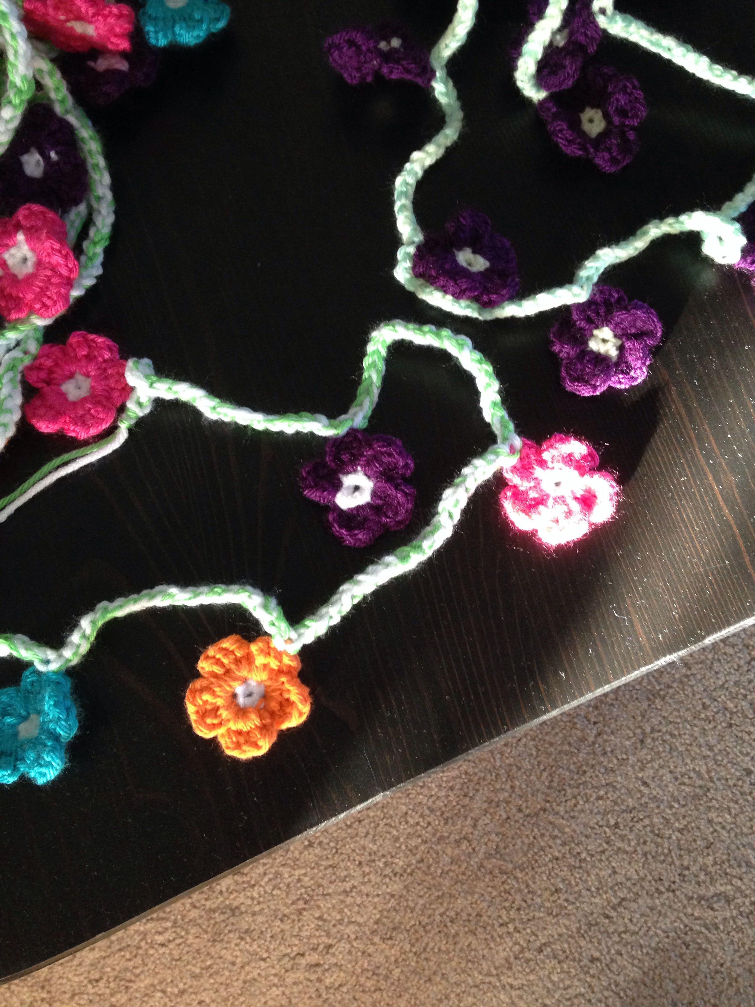 #crochet #flower #garland