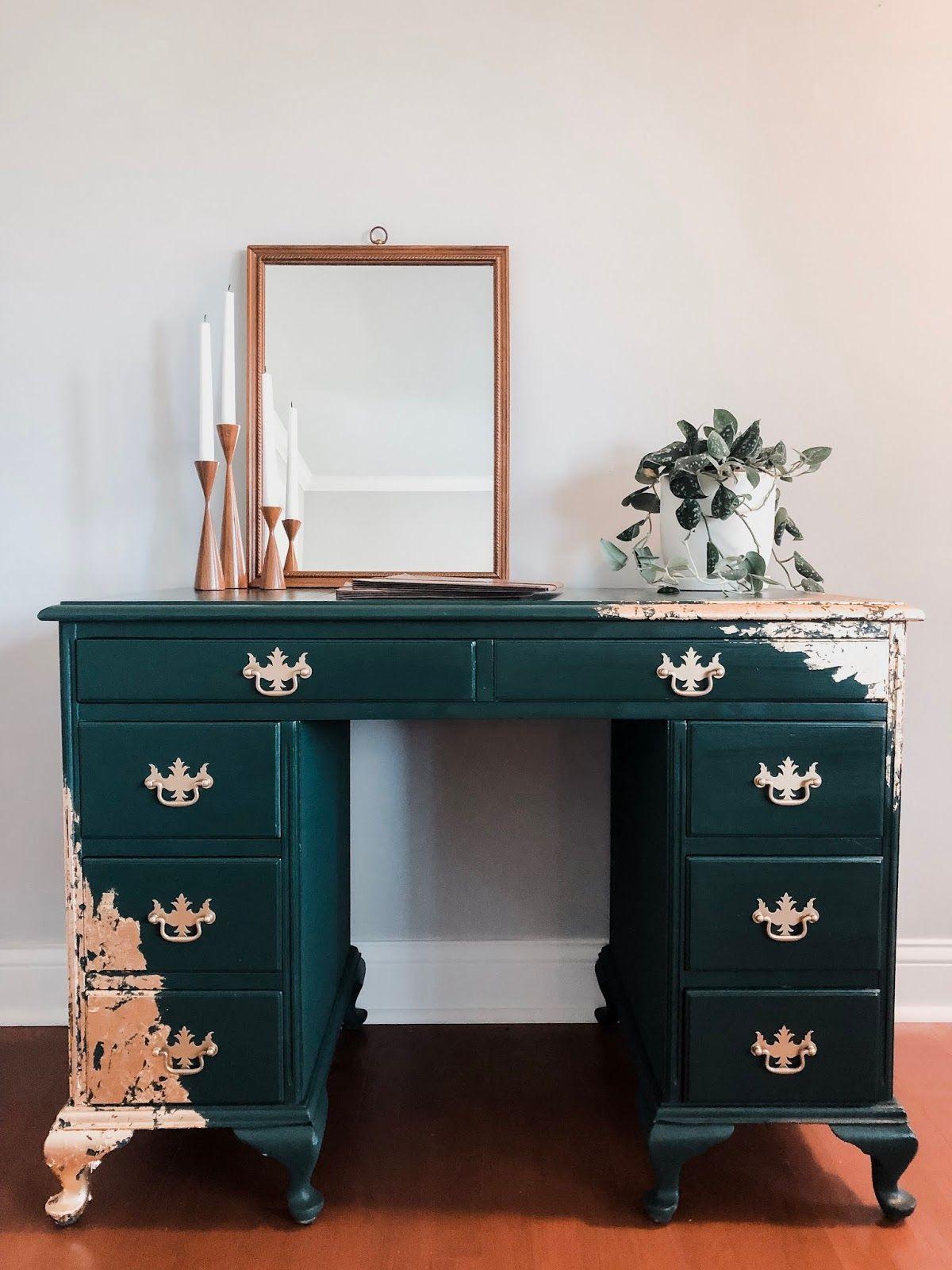 Vintage Dark Green And Gold Leaf Desk In 2020 Gold Leaf