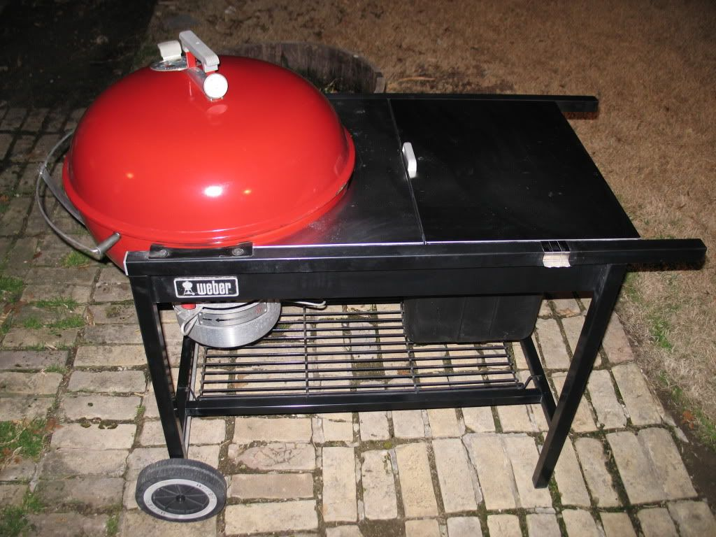 vintage weber performer x 2 with stainless table my. Black Bedroom Furniture Sets. Home Design Ideas