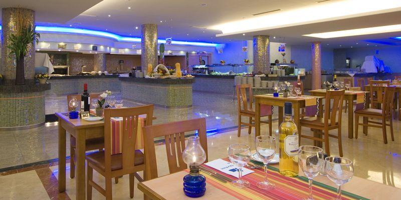 Buffet At Hotel Orquidea Bahía Feliz San Bartolomé De Tirajana Gran Canaria Spain Bahía Playa Del Ingles Vida