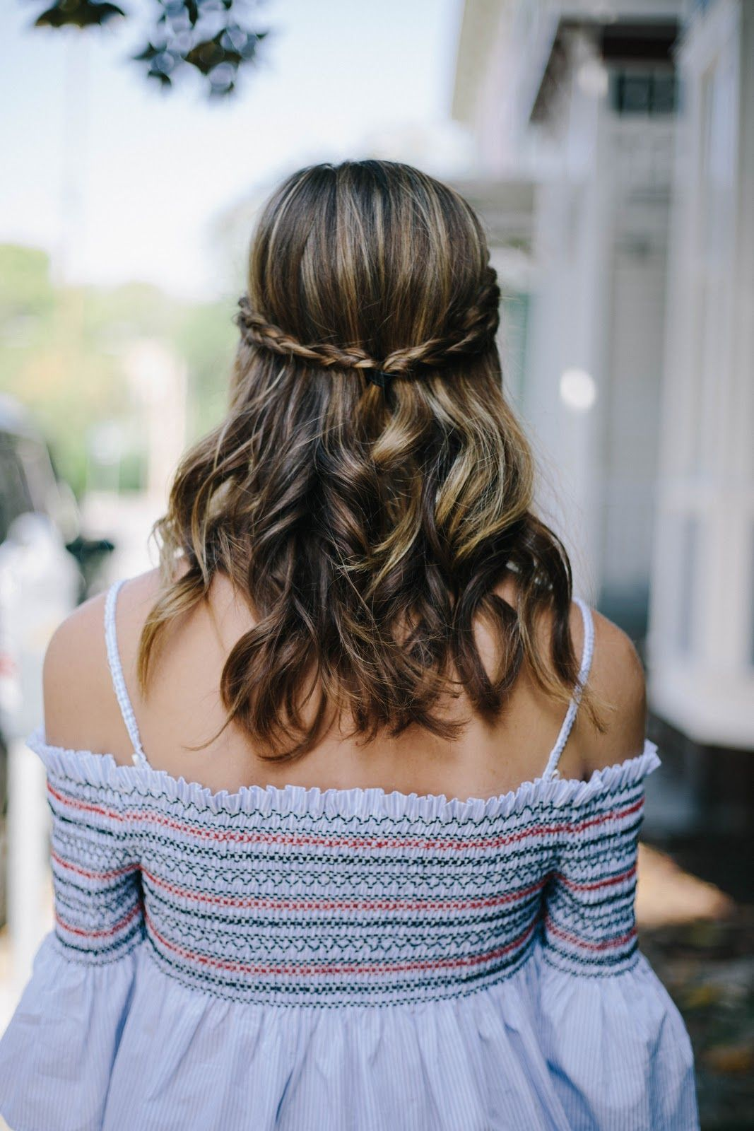 Super Easy Hair Style Two Braids Pulled Back With Loose Curls Hair Styles Loose Curls Hairstyles Loose Curls