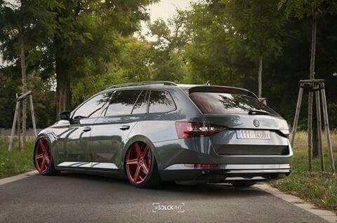 Skoda Superb 3v Airride Skoda Superb Wagon Cars Volkswagen Und Cars