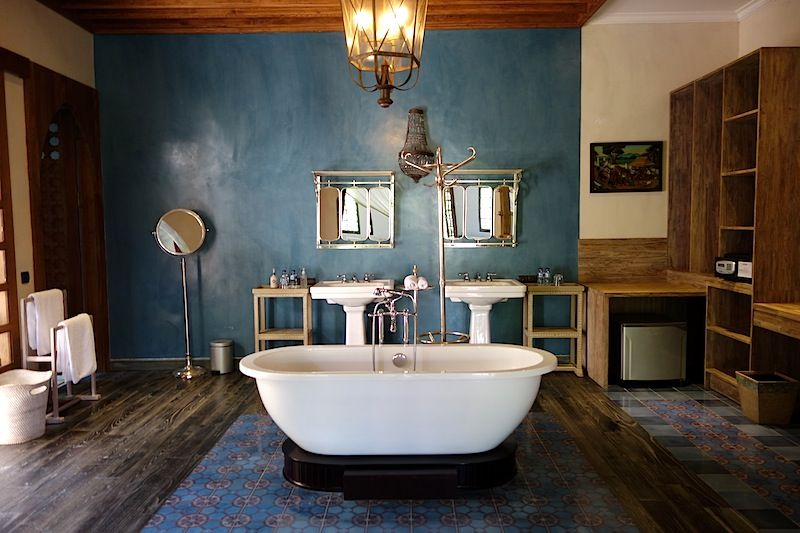 ooh la la | ministry of villas #bali #bathtub | bathtubs of bali