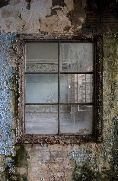 The Nurses Window Opacity Windows Old Windows Abandoned
