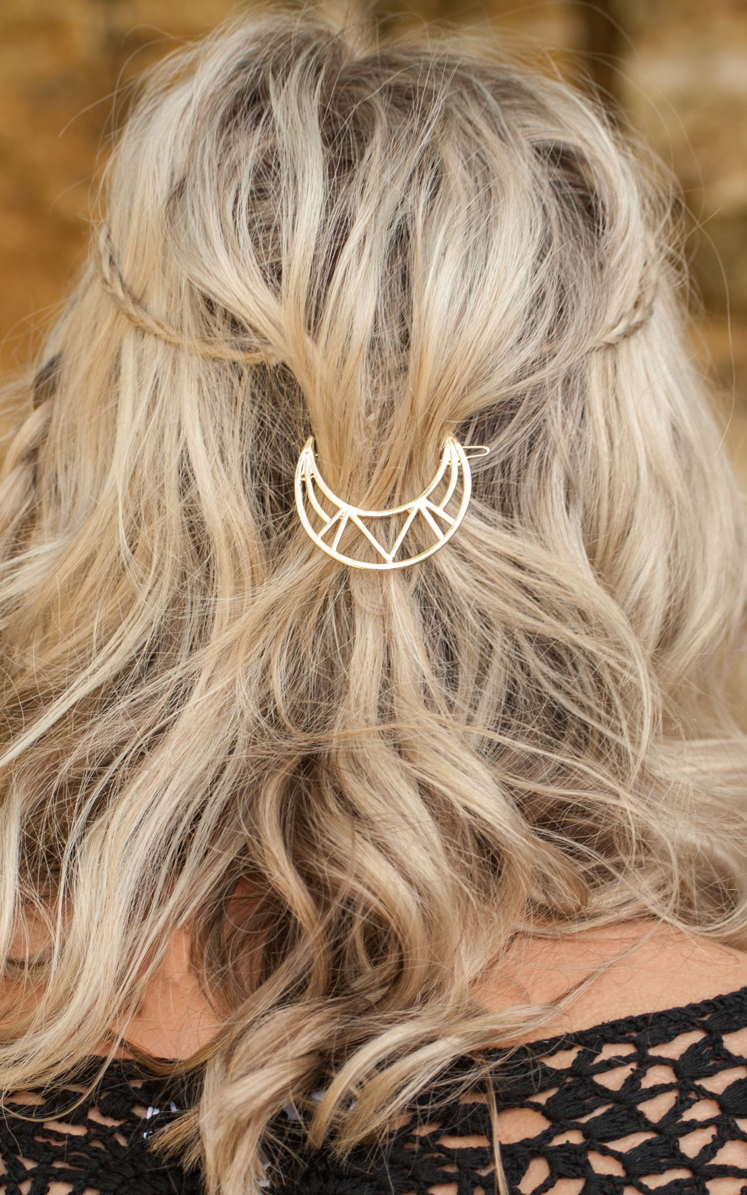 Luna Crescent Moon Hair Clip | silver in