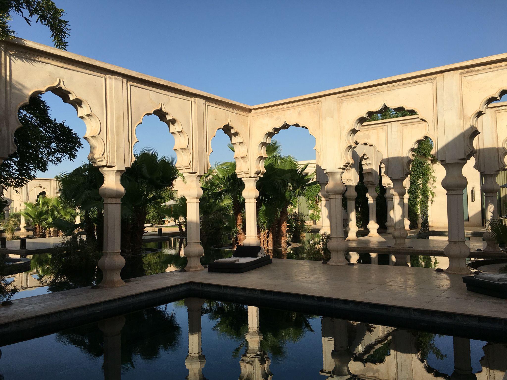 Palais Namaskar