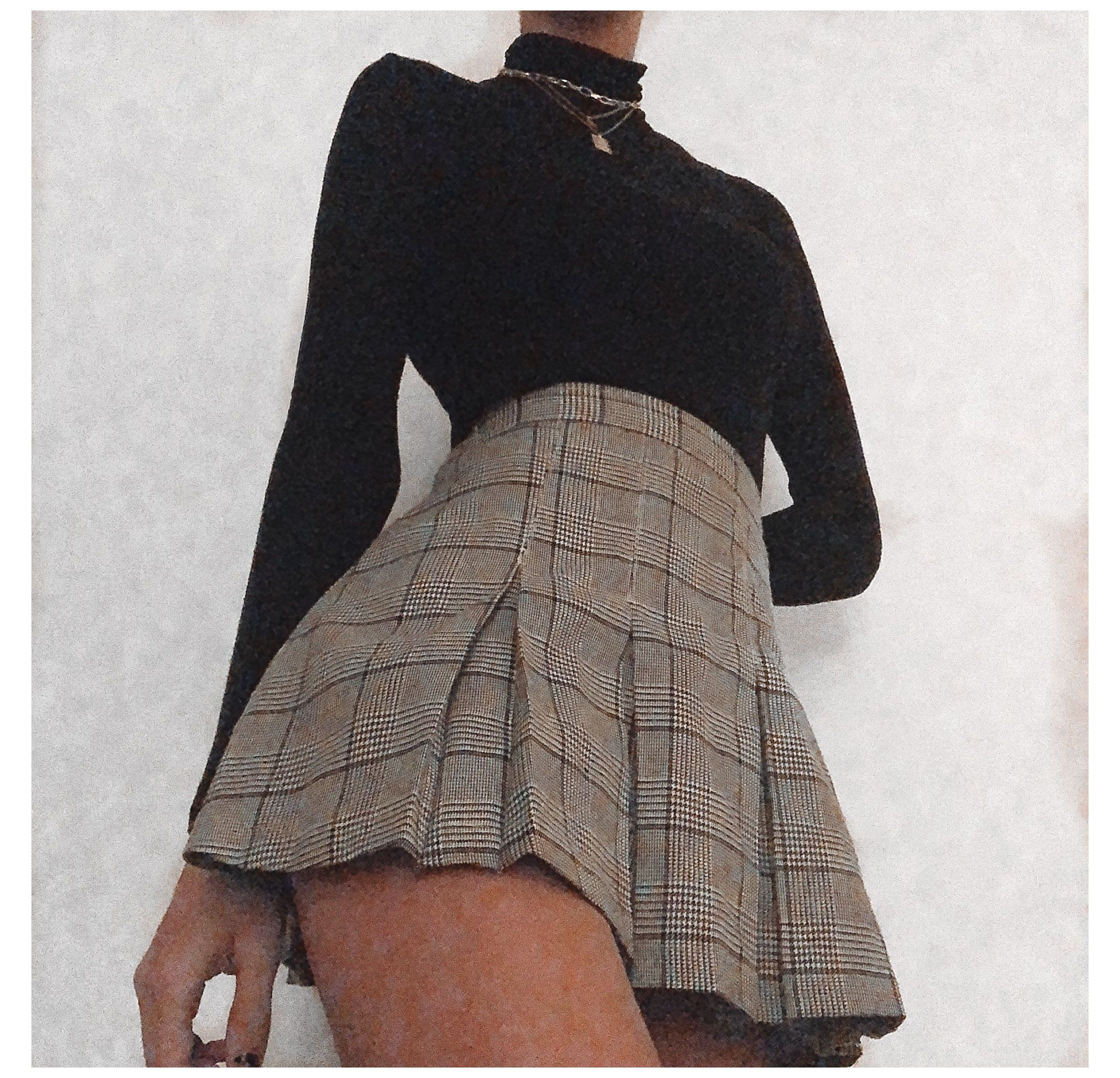 pleated skirt outfit short