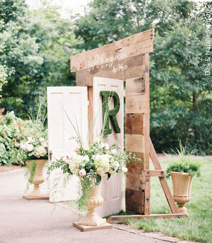 Vintage Wedding Altar Decorations: Vintage Wedding Altar ^ Vintage Double Doors