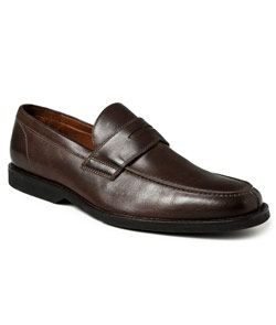 Penny Loafer mais encorpado pra usar com terno casual.