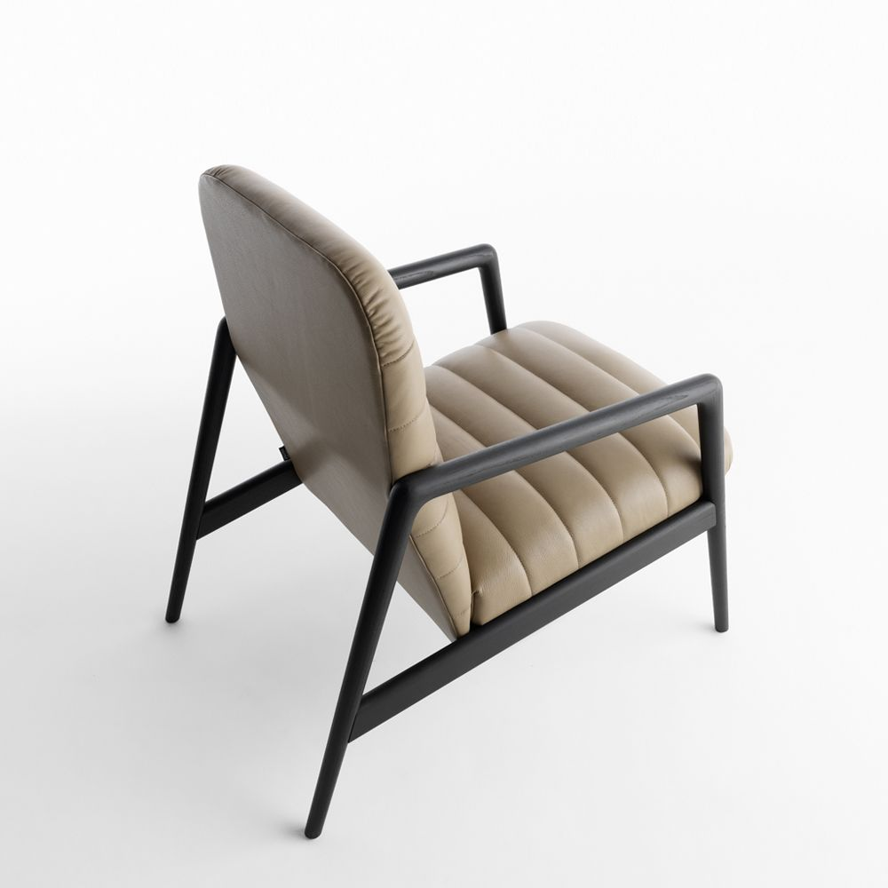 Italian Designer Upholstered Carnaby Lounge Chair   High End Italian  Designer U0026 Luxury Furniture At