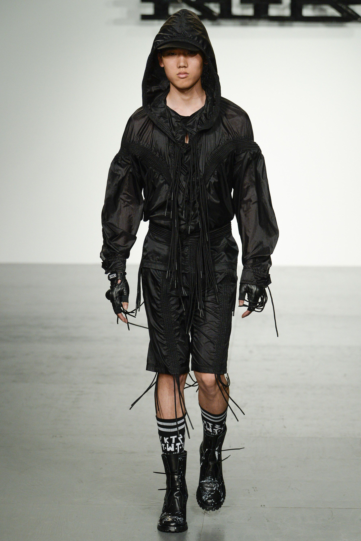 KTZ Spring 2018 Menswear Fashion Show Looks, Moda