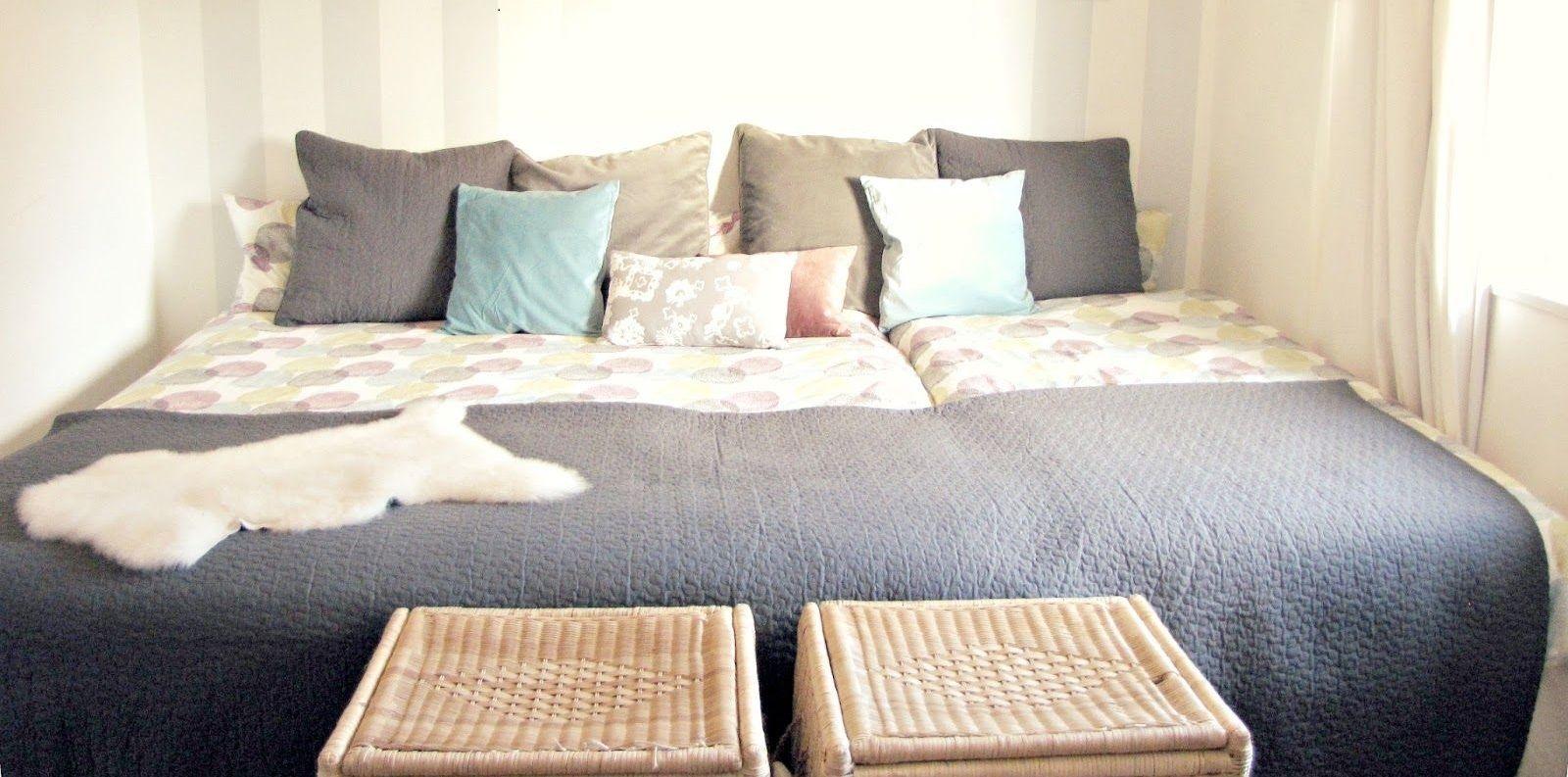 Hier Finden Sie Die Anleitung Zu Gestaltung Eines Wunderschonen Familienbettes Ganz Einfach Zusammengestellt Aus Zwei Bet Familien Bett Familienbett Bett Ideen