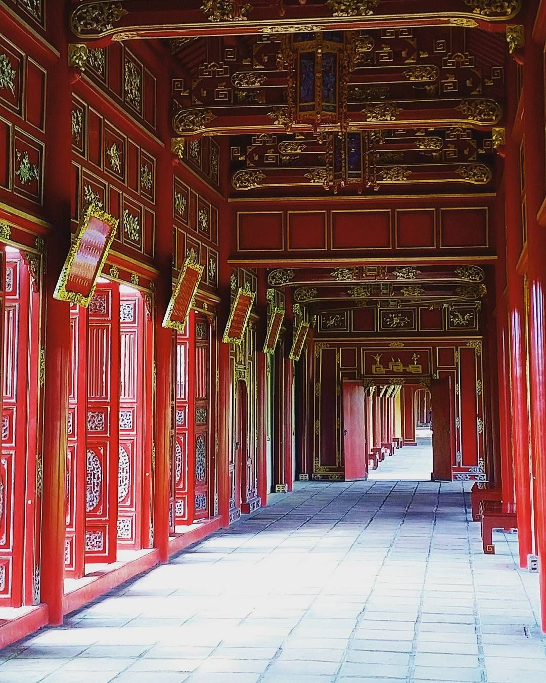 #hue #palace #king #capital #river #local #vietnam #vietnamese #lifegourmets #travel #traveling #TFLers #vacation #visiting #instatravel #instago #instagood #trip #holiday #photooftheday #fun #travelling #tourism #tourist #instapassport #instatraveling #mytravelgram #travelgram #travelingram #igtravel