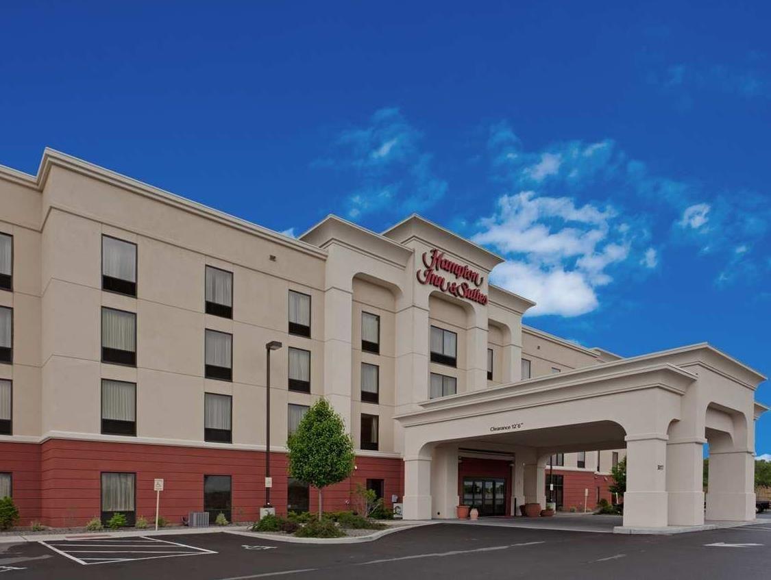 Syracuse Ny Hampton Inn And Suites Syracuse Erie Blvd I690 United States North America Hampton Inn And Suites Syracuse Erie Blvd Hampton Inn Hotel Ny Hotel