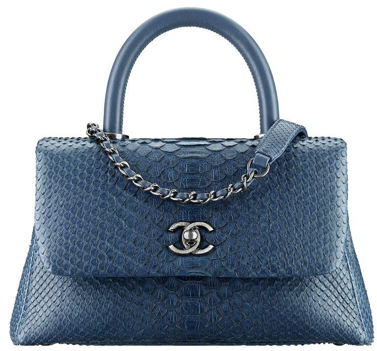 c263a8365239 Chanel Coco Handle Bag | Kabelky | Chanel coco handle, Coco handle a ...