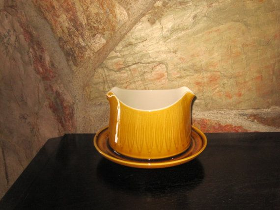 Franciscan Discovery Gravy Boat with Attached by Blueskyandcacti