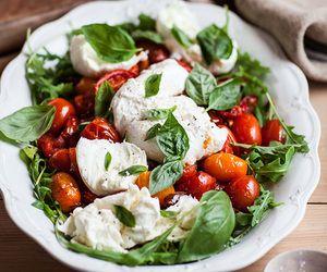 Bread & Olives | via Tumblr