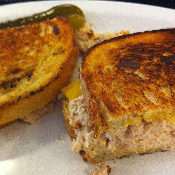 eisenberg's sandwich shop | ... eisenberg s sandwich shop in new york new york eisenberg s tuna melt sandwich