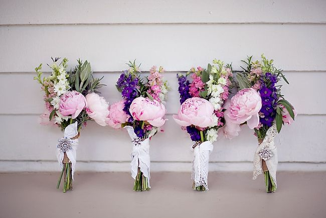 Beautiful flowers with lace to detail- perfect