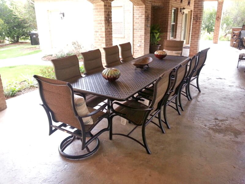 Mallin Passage Padded Dining Chairs And X Extension Dining Table   Patio  Furniture   Outdoor Dining