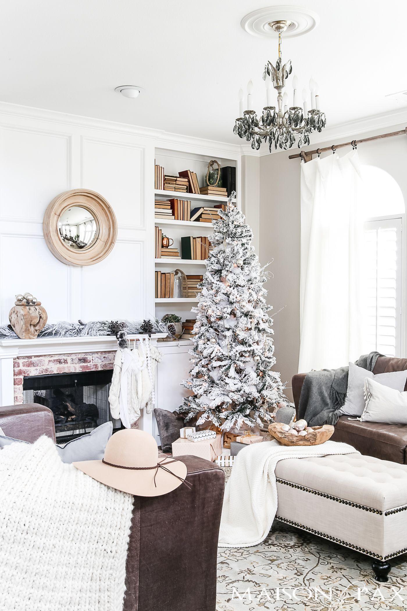 Simple Holiday Decorating: Christmas Home Tour | Christmas living ...