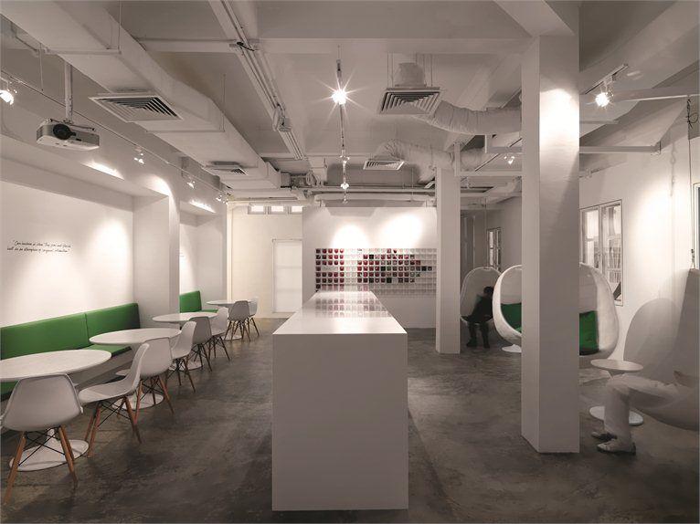 leo-burnett-office