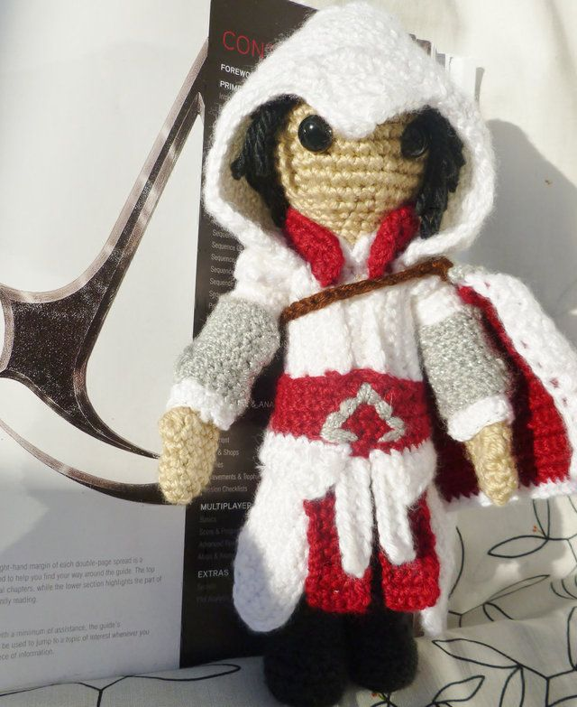 Crocheted \'Assassin\'s Creed\' and \'Dexter\' Character Plushies