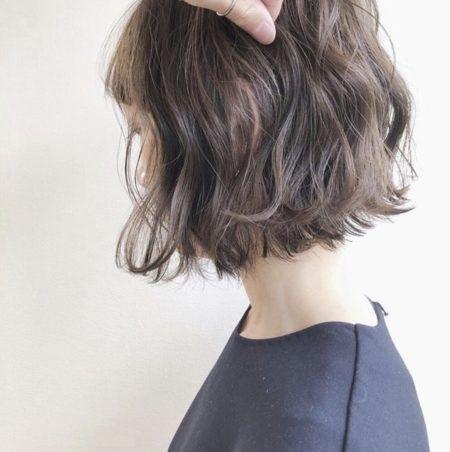 ボブ 髪の量が多い人におすすめヘアスタイル 髪型50選 きりっ