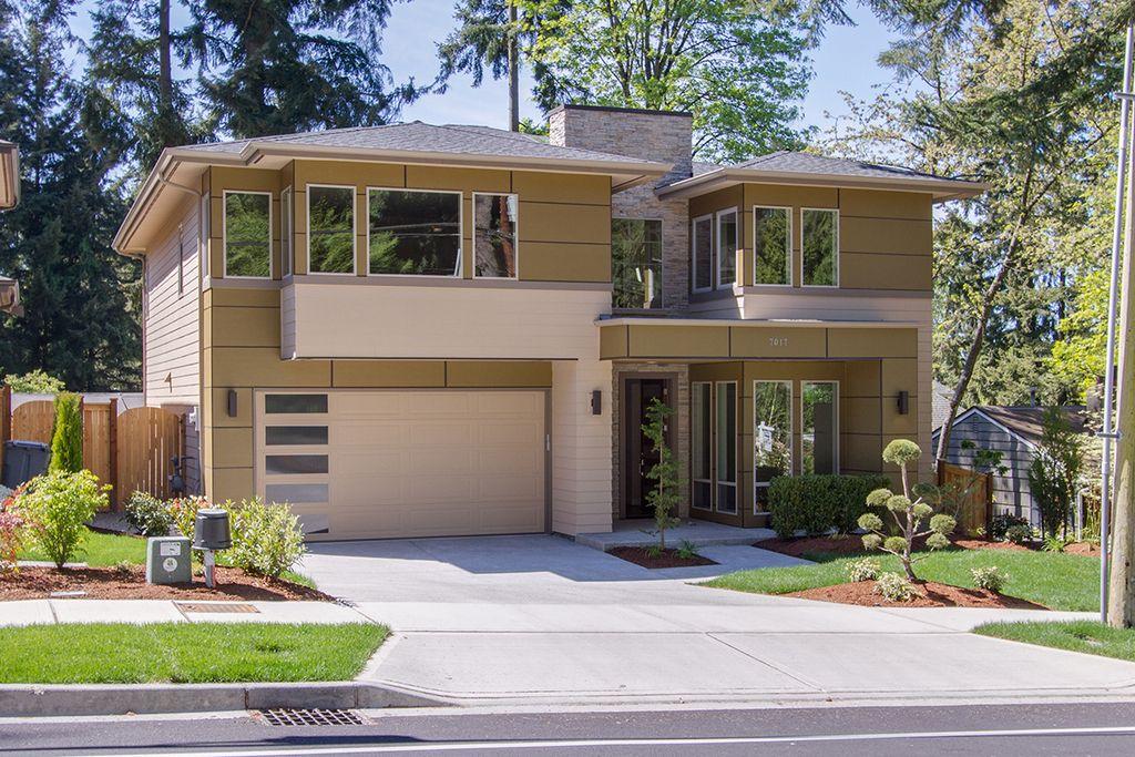 Contemporary front elevation plan 132 225 for Jardines de casas sencillas