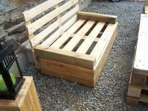 100_8775...simple pallet sofa... | chaise originale | Salon ...