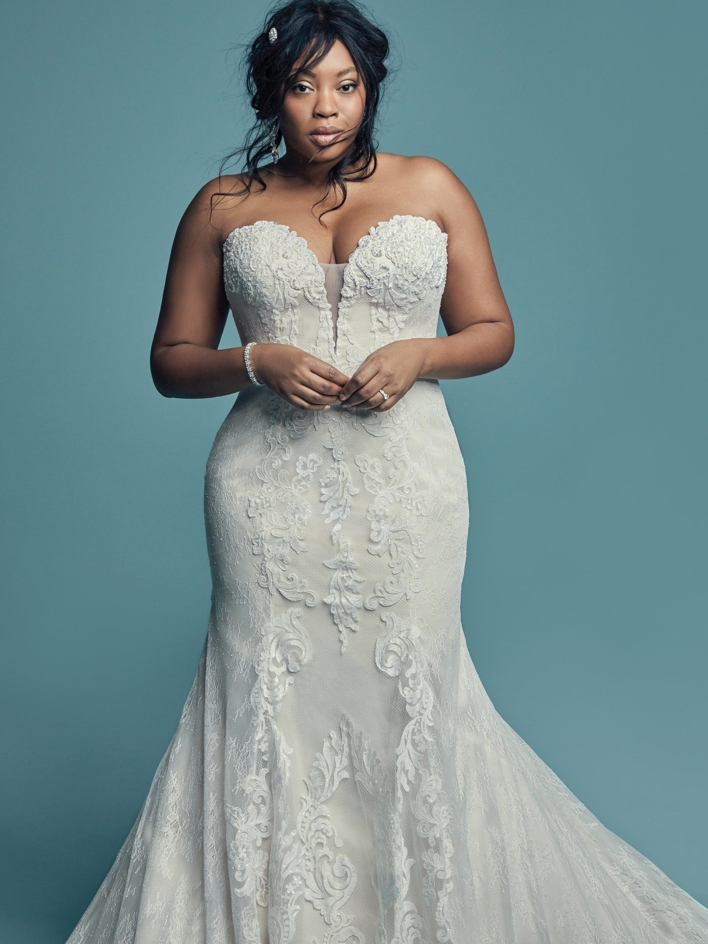 22 Plus Size Wedding Dresses To Flatter And Flaunt Your Curves Plus Wedding Dresses Wedding Dresses Wedding Dresses Plus Size [ 1920 x 1440 Pixel ]
