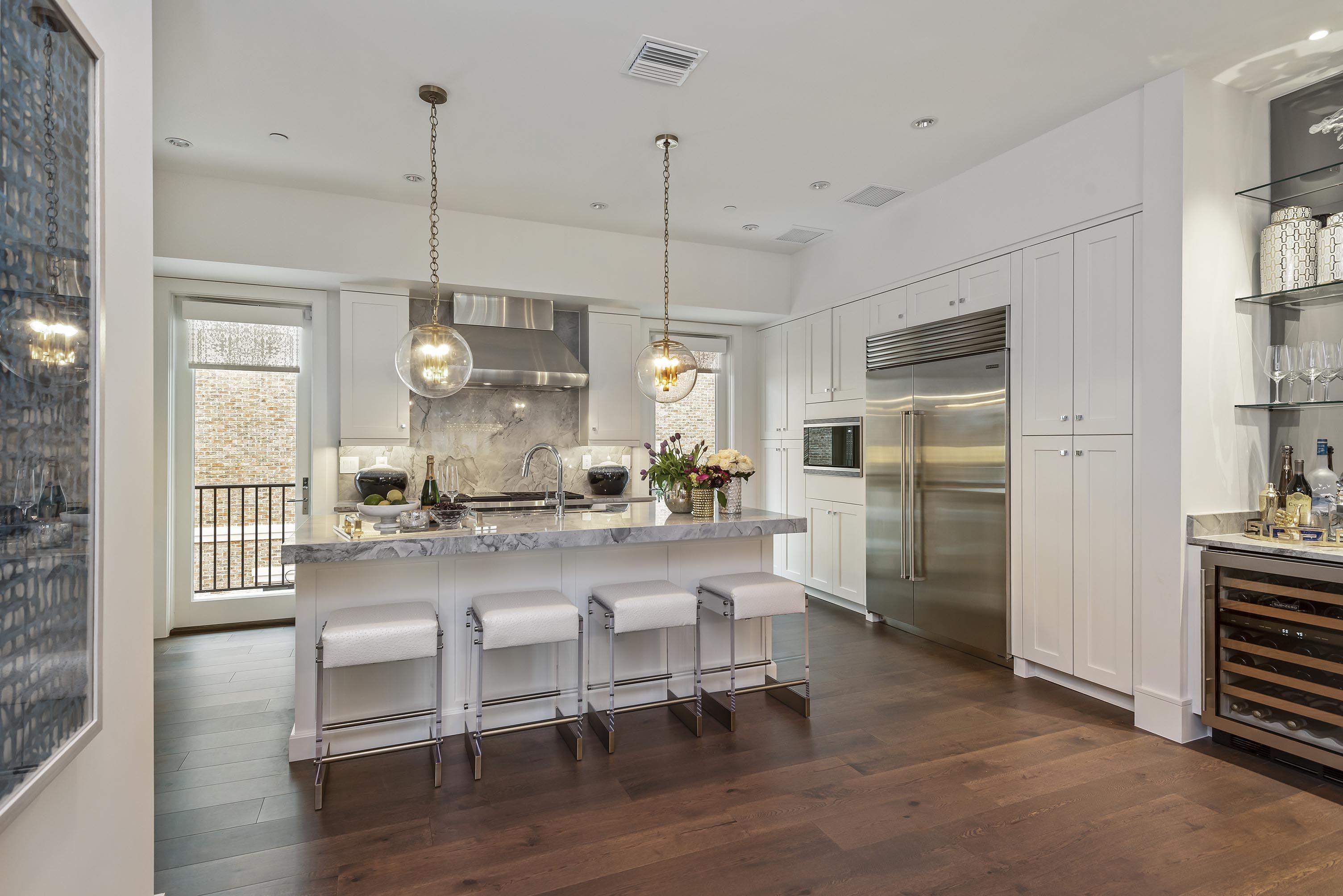 Motivo Home - Kitchen Design in 2020   Florida interior ...