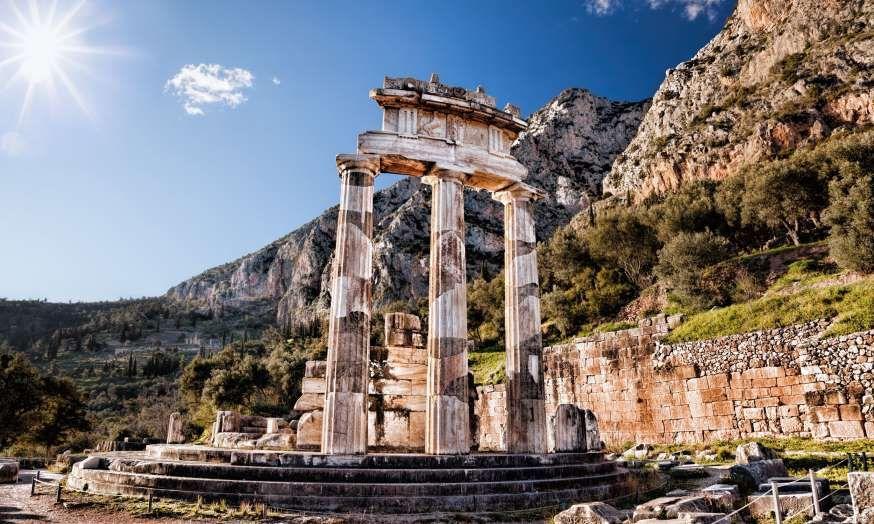 Ancient Greek temple (Shutterstock.com)
