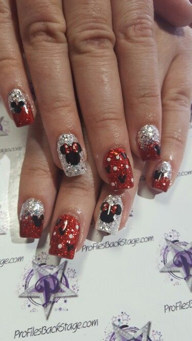 My Mickey And Minnie Disney Nails Nails In 2018 Pinterest
