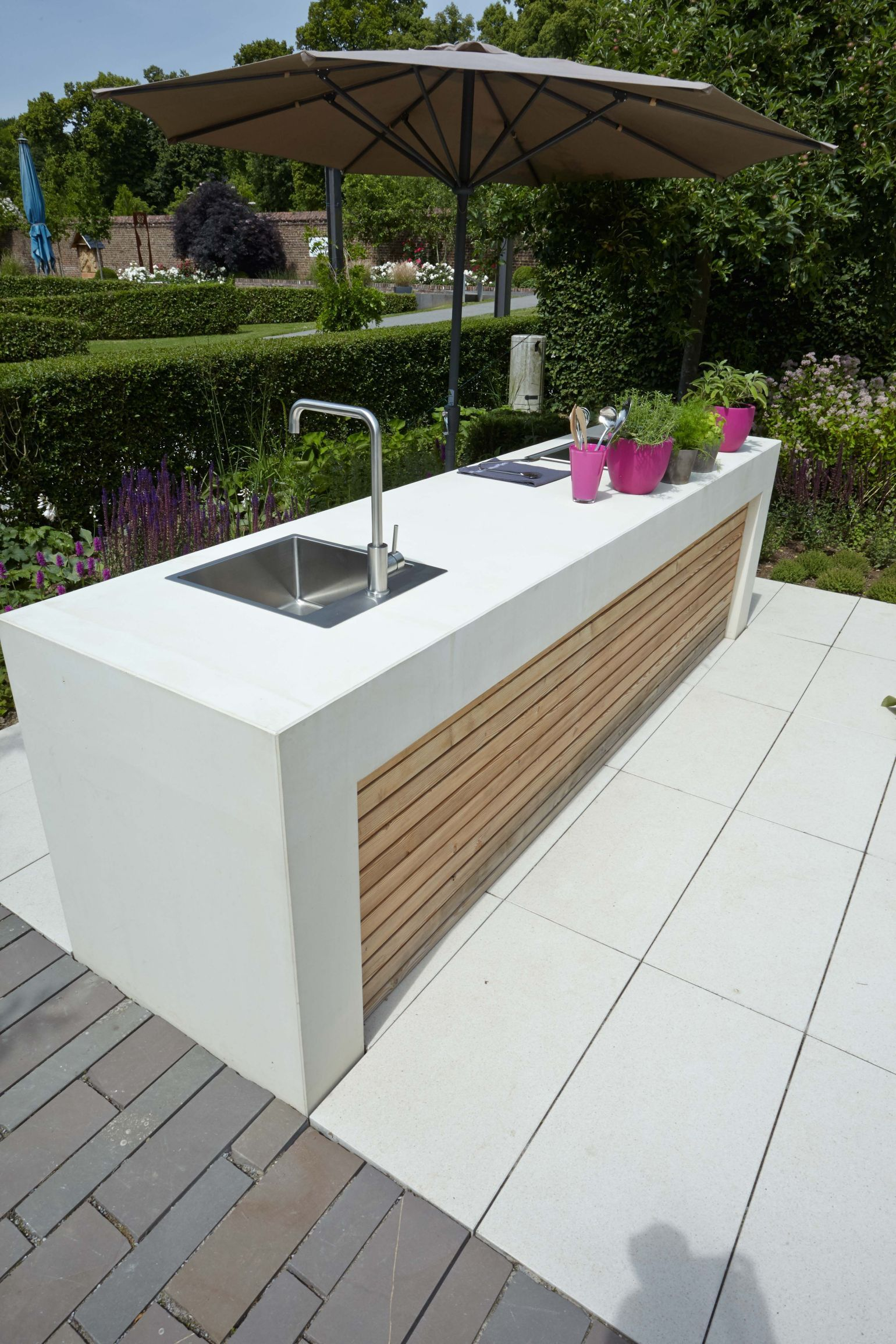 45 Awesome Outdoor Kitchen Ideas And Design Outdoor Kitchen Design Outdoor Kitchen Design Layout Outdoor Kitchen Bars