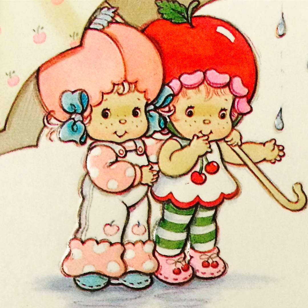 A Perfect Pic For A Rainyday Strawberryshortcake Apricot Cherrycuddler C Strawberry Shortcake Characters Vintage Strawberry Shortcake Strawberry Shortcake