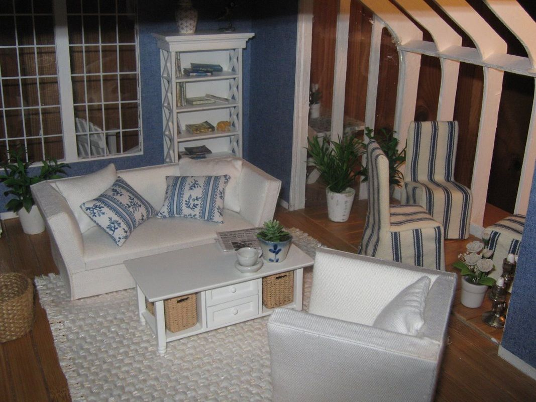 Brookwood Dollhouse