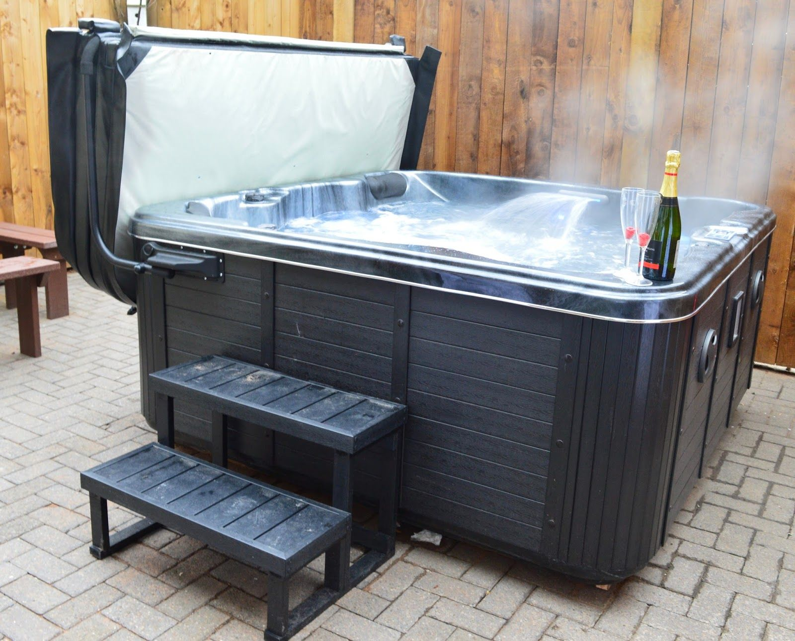 20 Lodges With Hot Tubs Within A 2 Hour Drive Of Newcastle Upon