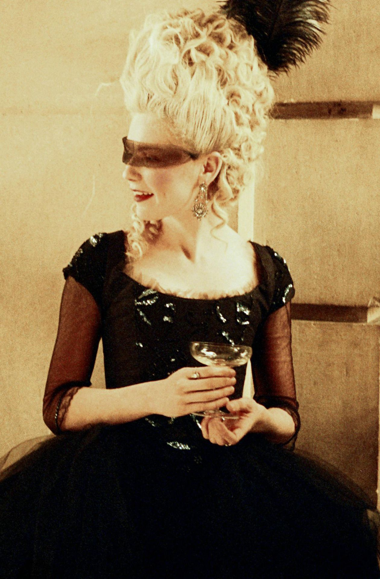 'Marie Antoinette' 2006 - Loved her in this black gown ...