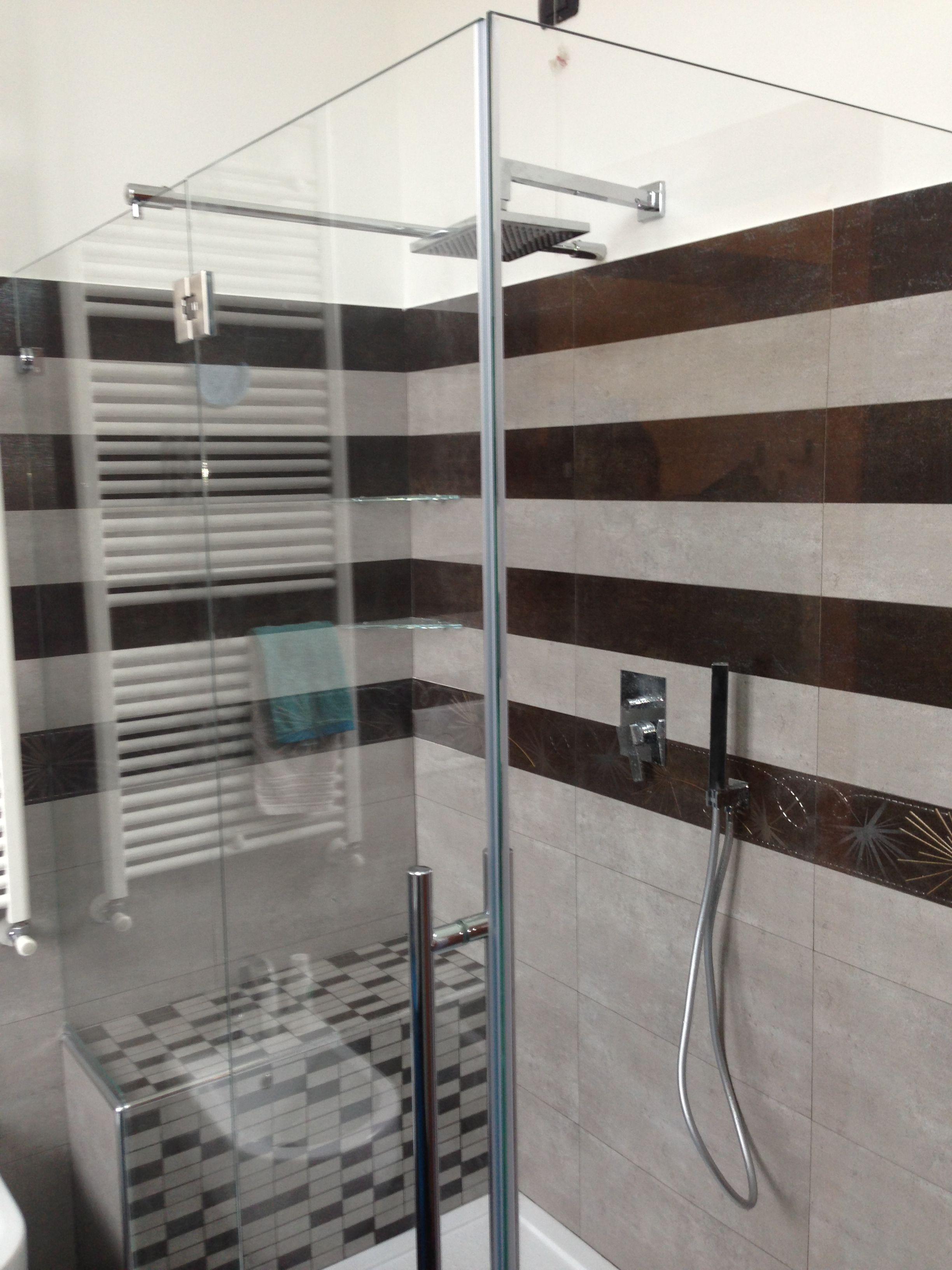 Studio dei rivestimenti per il box doccia arredo bagno - Il box doccia ...