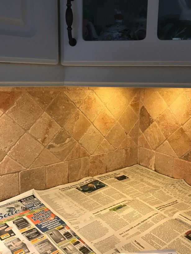 How I Painted My Travertine Backsplash In Three Easy Steps