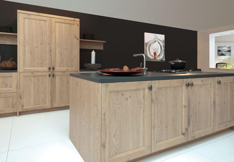 Long island houten keuken geborsteld eiken product in beeld startpagina voor keuken idee n - Credenza voor keuken ...