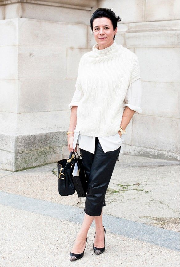 Garance Doré has an ease about her style, in her just perfectly over-sized sweater coupled with sleek leather trousers for a simply chic ensemble. // #FrenchIcon