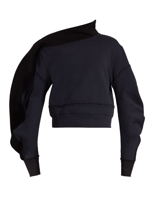 BURBERRY Sculptured-Sleeve Asymmetric-Neck Sweatshirt. #burberry #cloth #sweatshirt