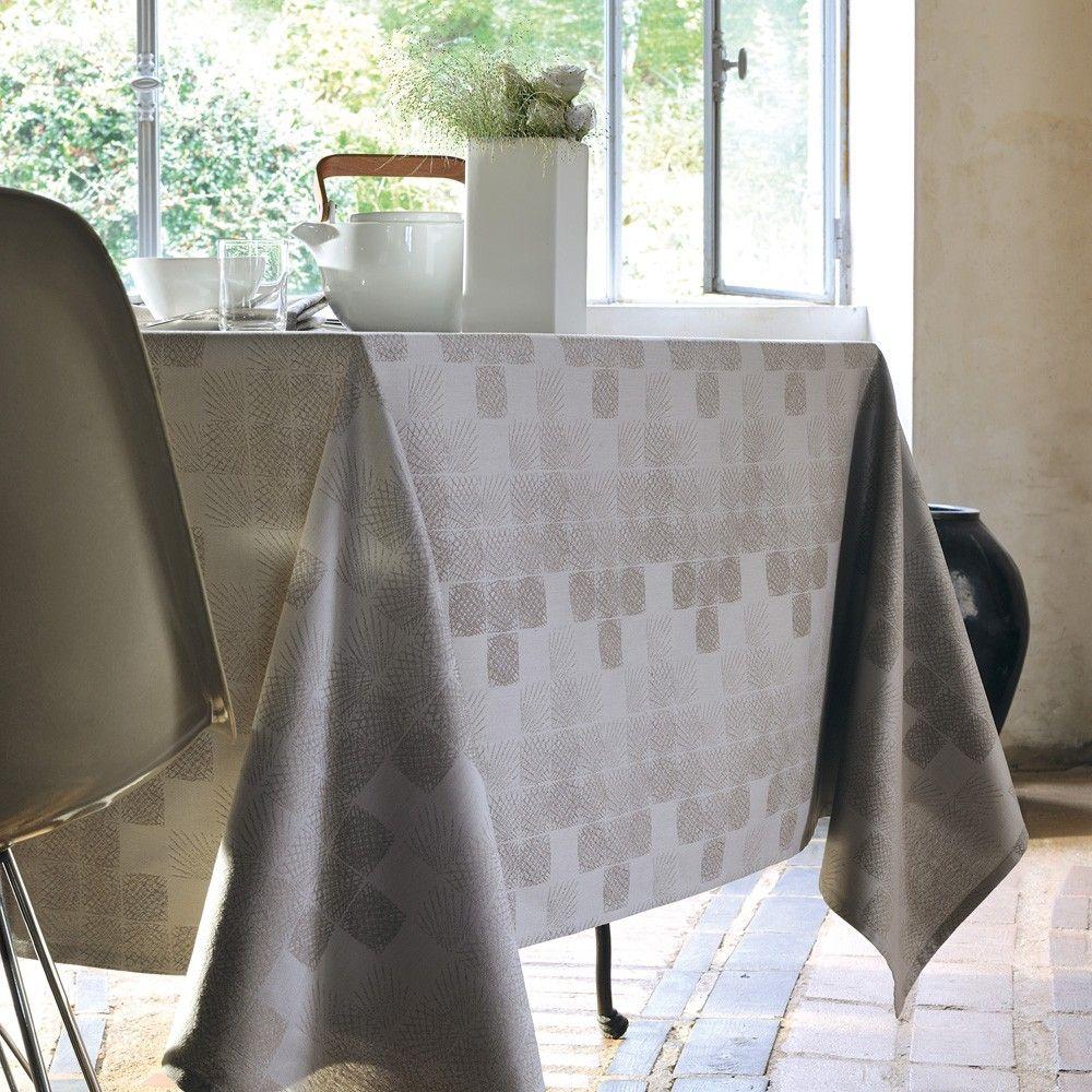nappe style scandinave garnier thiebaut mod le mille pis nappe en coton coloris. Black Bedroom Furniture Sets. Home Design Ideas