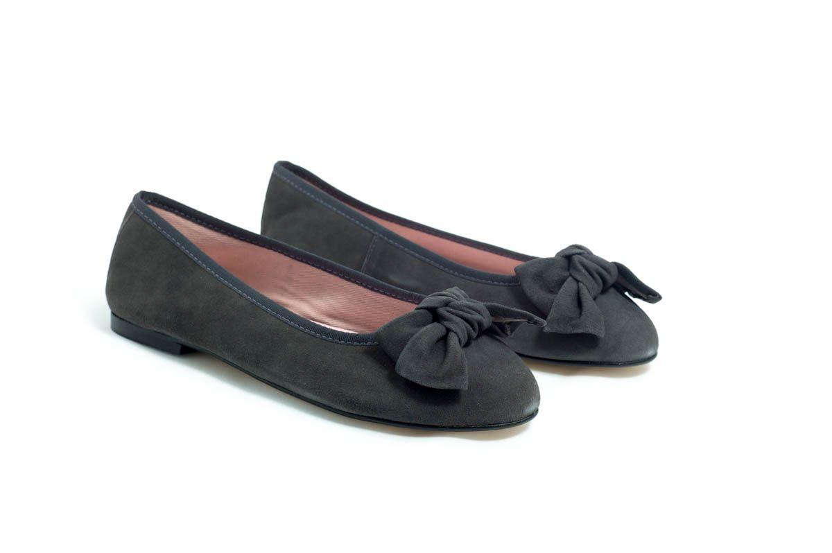 cf50eb465fb Bailarinas-Eloisa ante gris con lazo en ante gris.  BailarinasEloisa   Bailarinas  zapatos  Eloisa