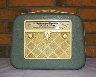 Salora 212-matkaradio, 1956