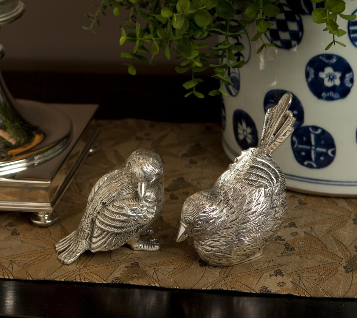Feng shui for relationships placing objects in pairs - Objetos feng shui ...