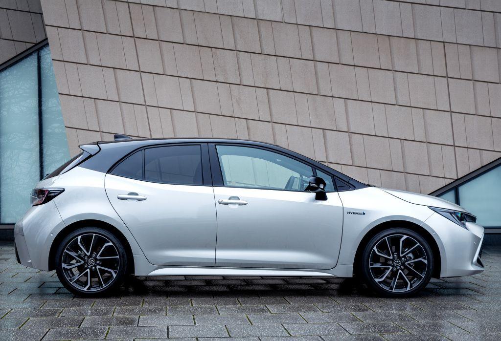 Toyota Corolla Hybrid [UKspec] '2019pr.【2020】 車